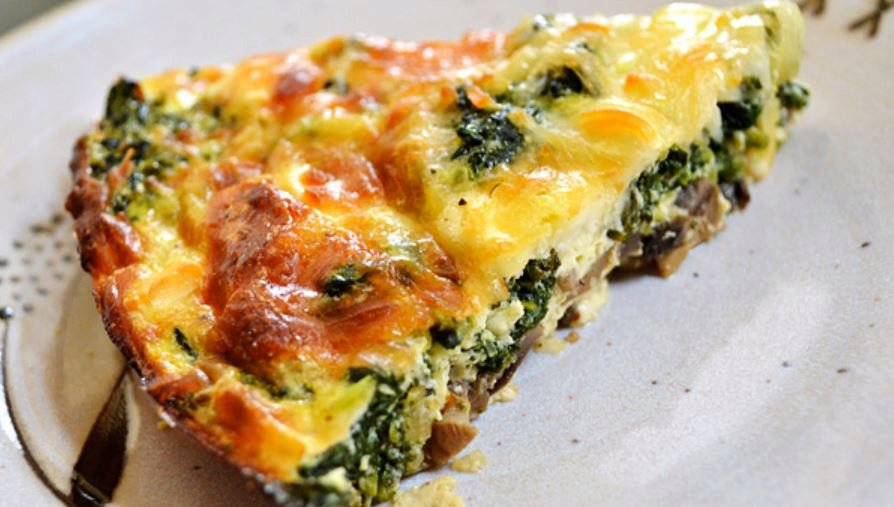 Low Calorie Crust-less Spinach, Onion and Feta Quiche