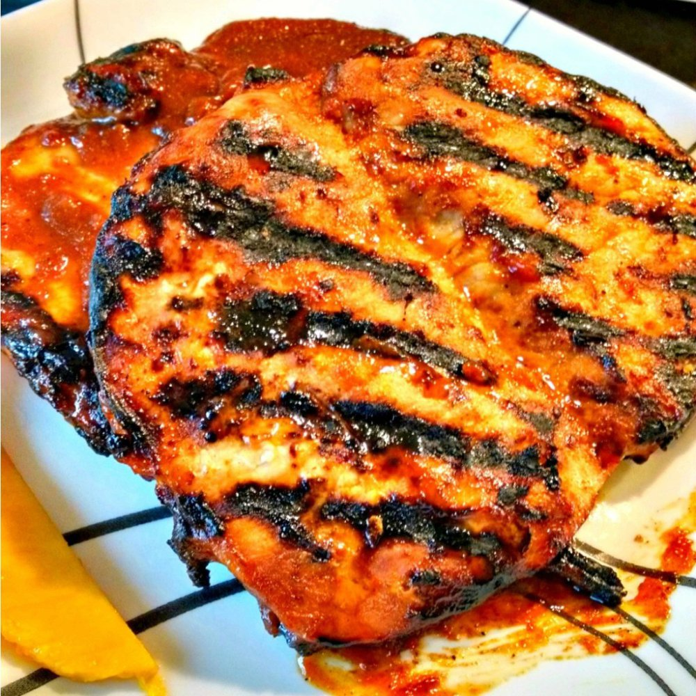Mango Barbecued Pork Chops for a Tropical #SundaySupper