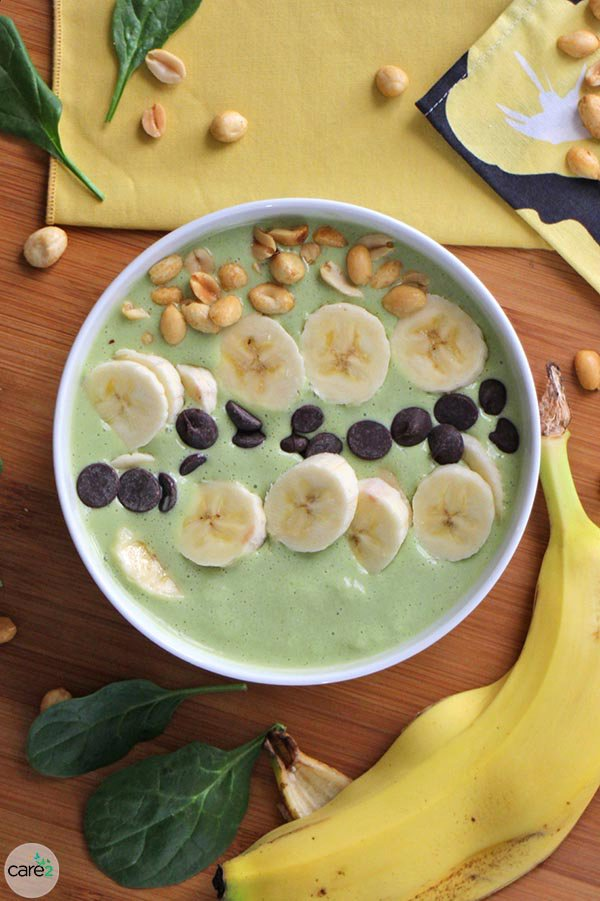 Peanut Butter and Banana Green Smoothie Bowl