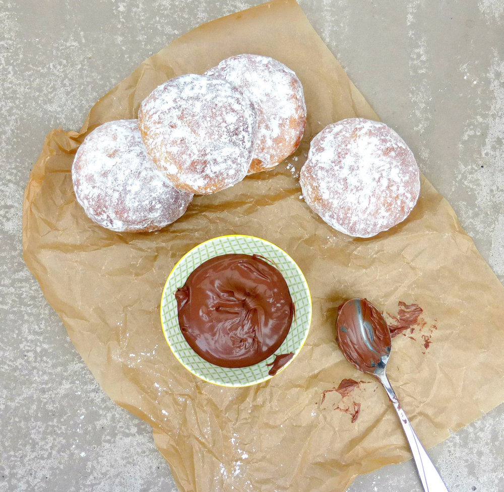 Nutella Filled Doughnuts (Made in the Actifry)