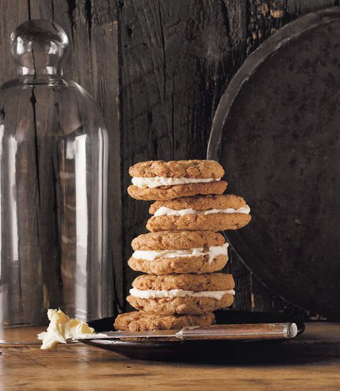 Oatmeal Ginger-Cream Pies