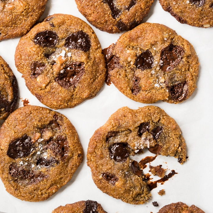 (1.5g net carb!) Keto Chocolate Chip Cookies