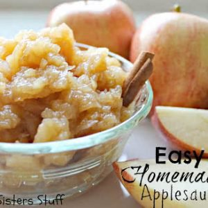Healthy Meals Monday: Easy Homemade Applesauce