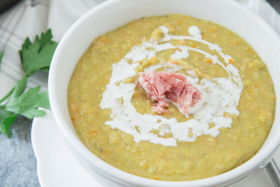 Uncle Bill's Green Split Pea With Hambone Soup
