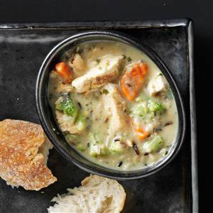 Hearty Chicken & Wild Rice Soup Recipe