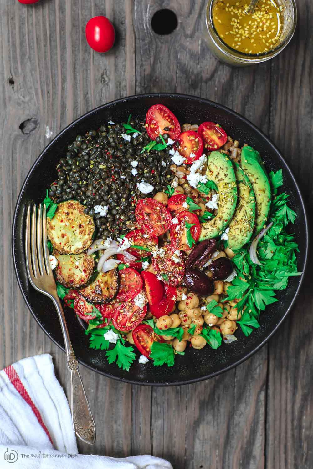 Mediterranean Style Grain Bowls Recipe with lentils and chickpeas