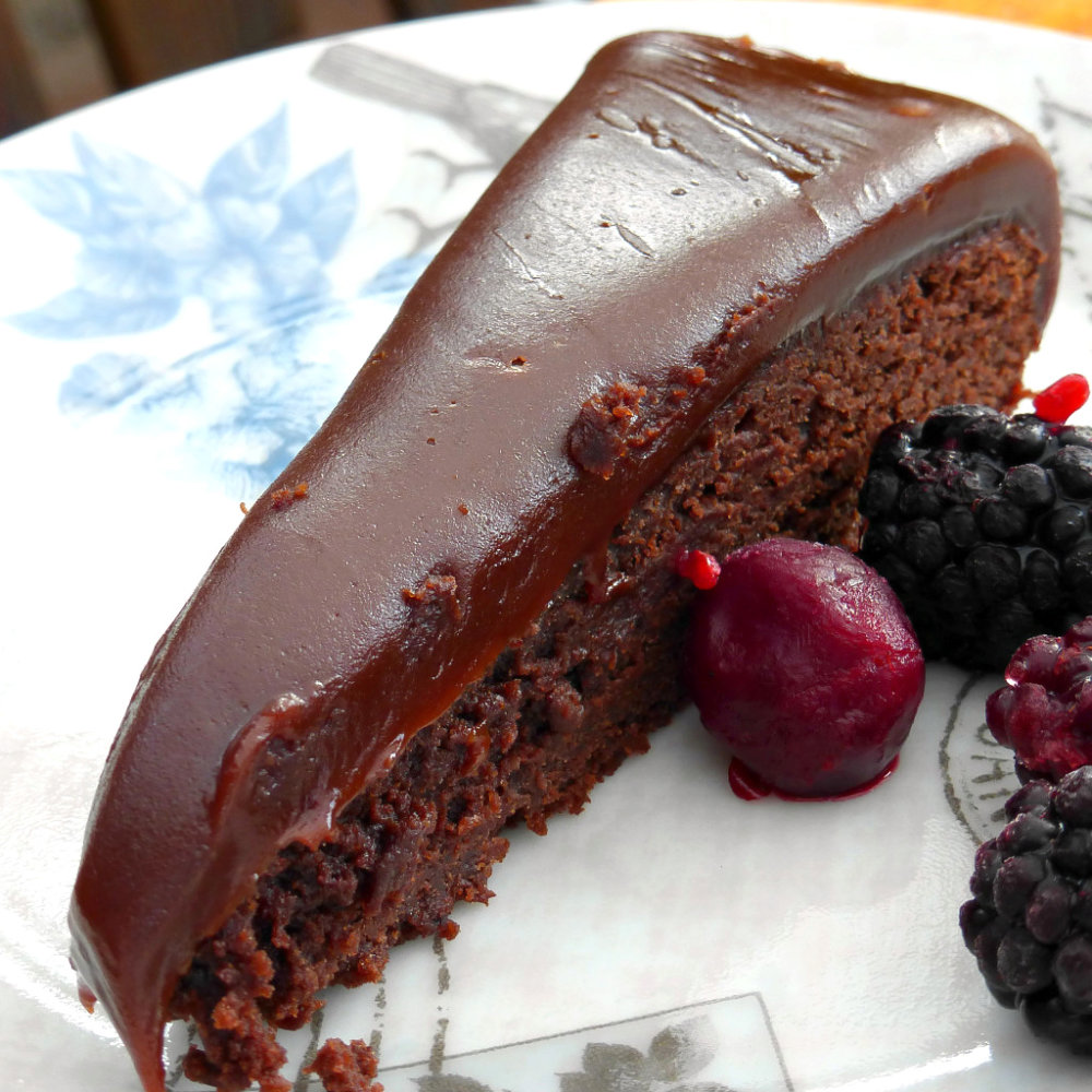 Decadent Kladdkaka with a Fudgy Topping