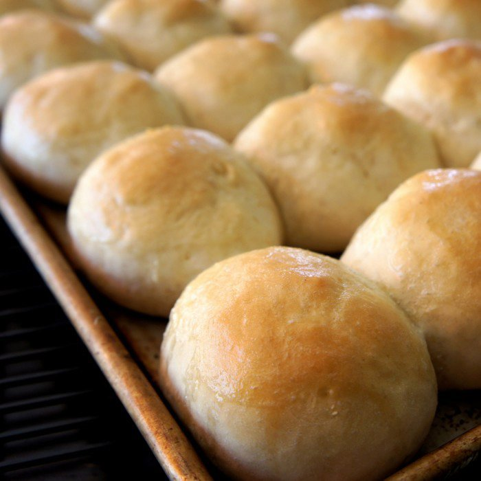 How To: Make Homemade Rolls