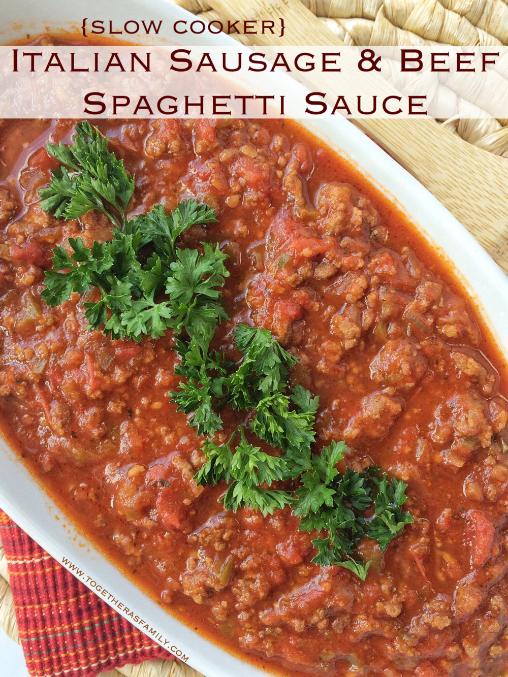 {Slow Cooker} Italian Sausage and Beef Spaghetti Sauce