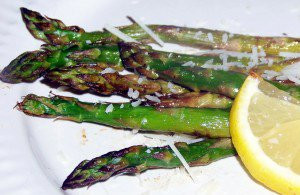 You Love Eating Your Asparagus with this Sweet Honey Roasted Asparagus