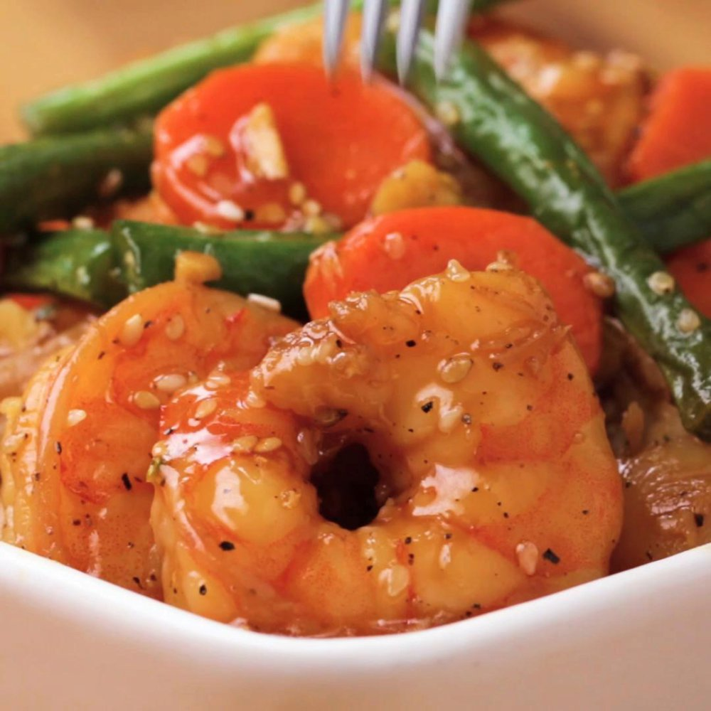 One-Pan Shrimp And Green Bean Stir-fry Recipe by Tasty