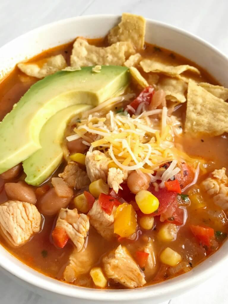 {30 minutes, one pot} Skinny Chicken Taco Soup