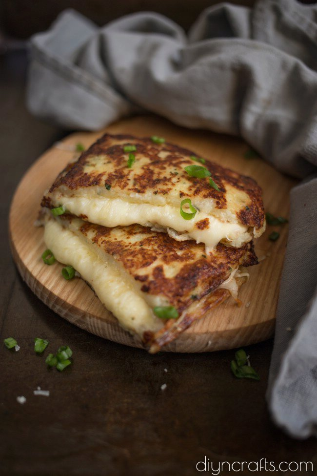 Cauliflower Grilled Cheese – A Delicious And Healthy Snack Alternative