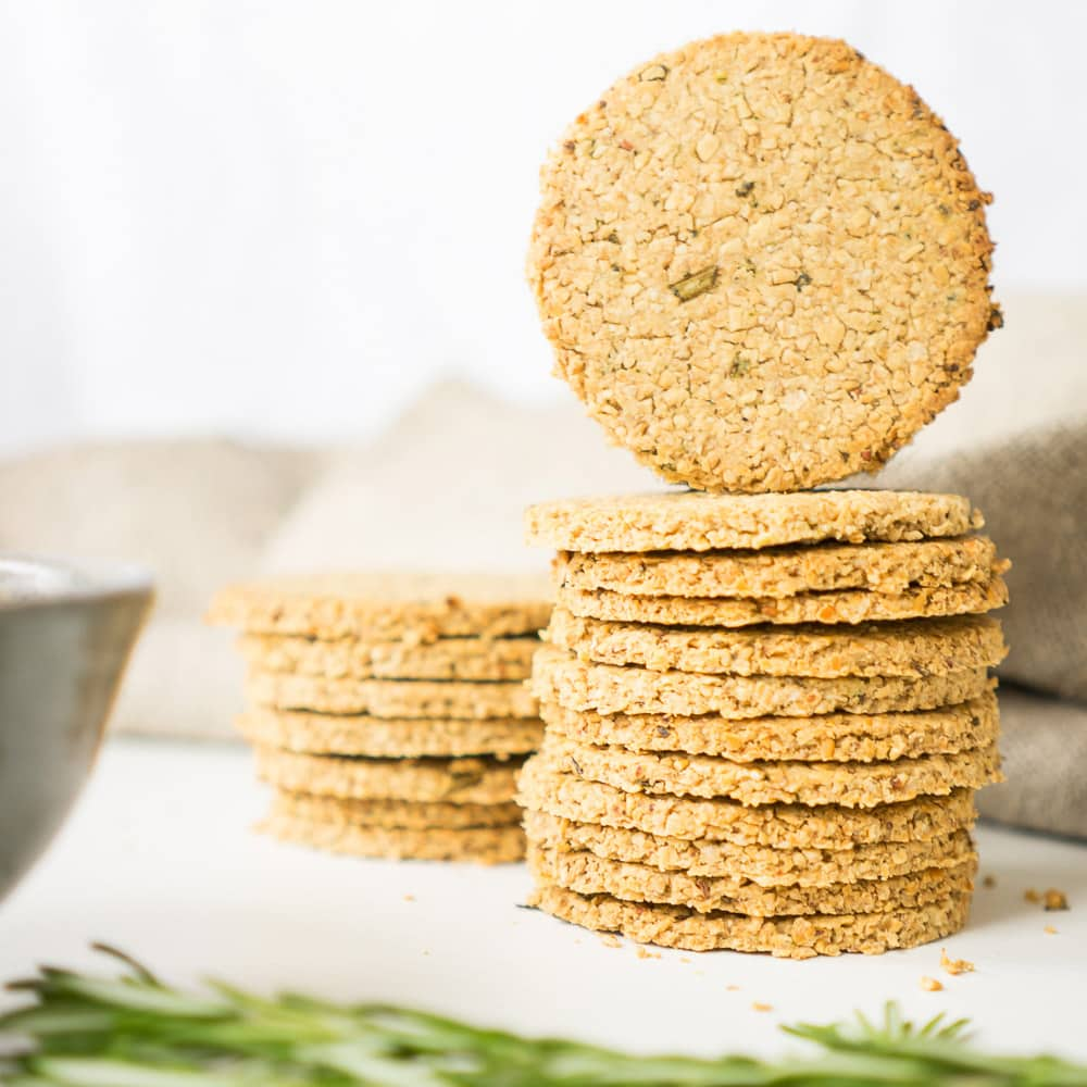 Healthy Oatcakes with Rosemary
