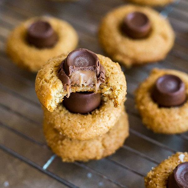 Salted Caramel Blossoms Cookies Recipe