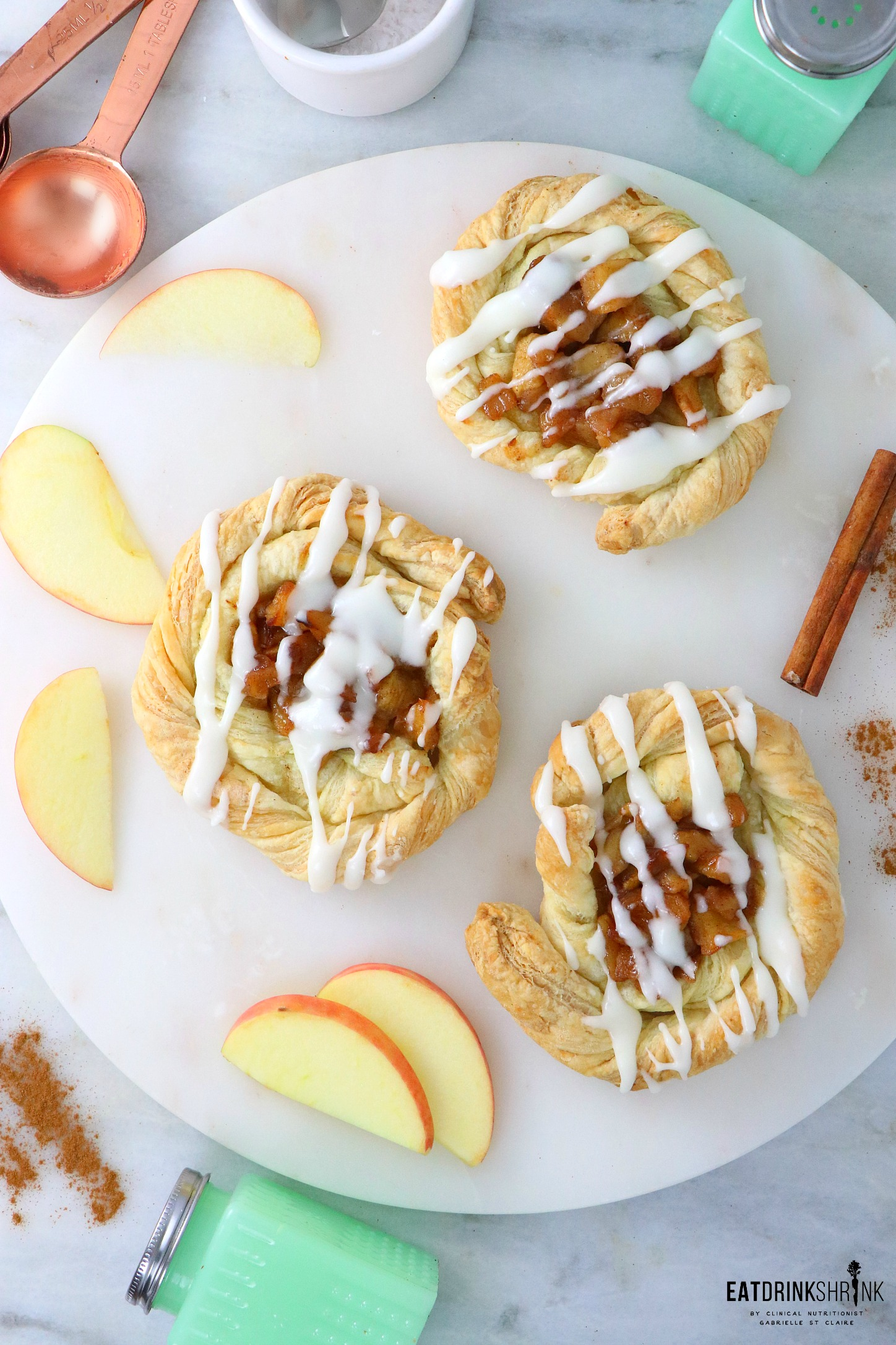 Vegan Cinnamon Apple Danish's