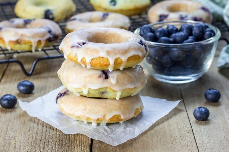 Skinny Blueberry Cheesecake Donuts