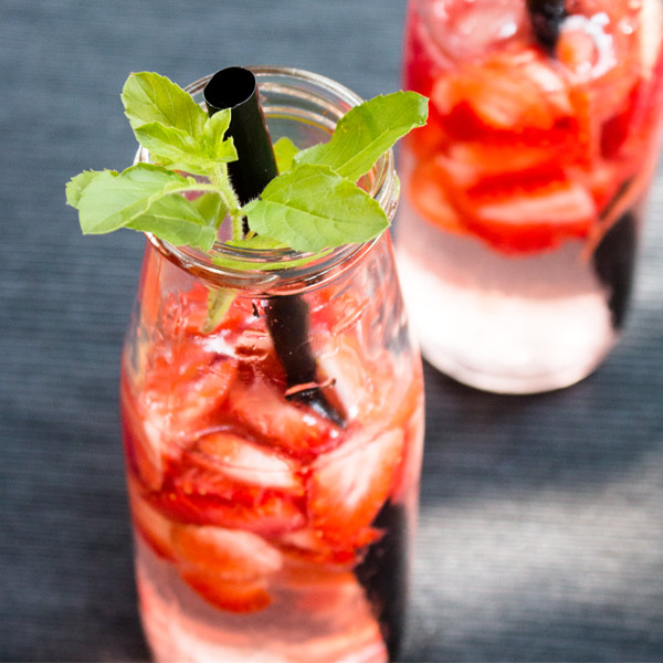 Fresh Strawberry Infused Water Recipe