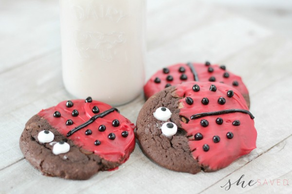 Easy (and adorable!) Ladybug Cookies