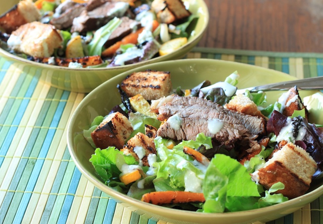 grilled veggie and steak salad with blue cheese and chive dressing