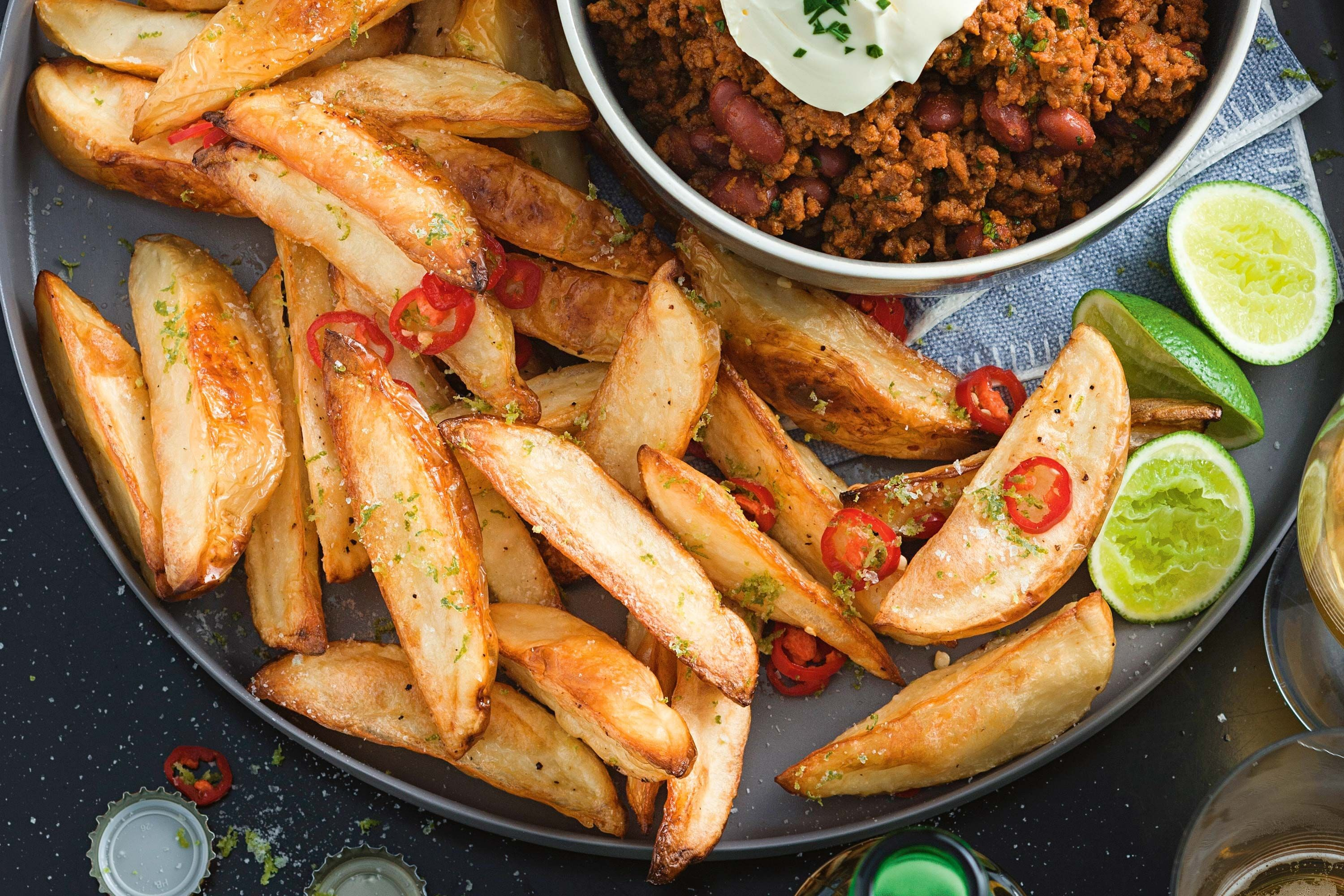 Crunchy potato wedges with chilli and lime salt