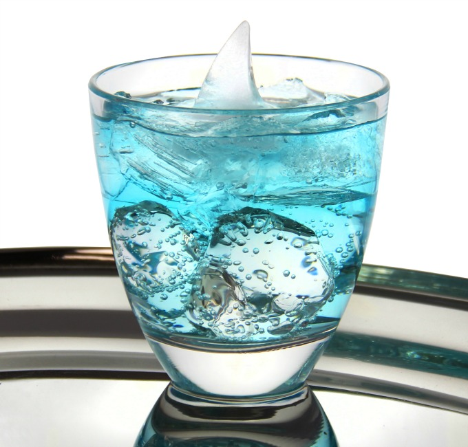 Fins Up Cocktail that's Perfect for Shark Week