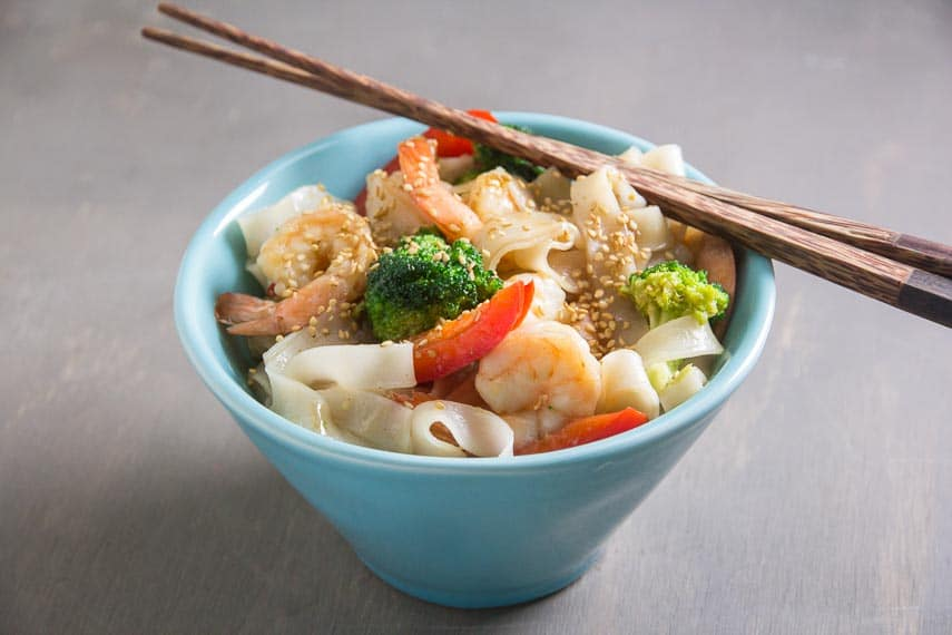Low FODMAP Shrimp and Broccoli with Noodles