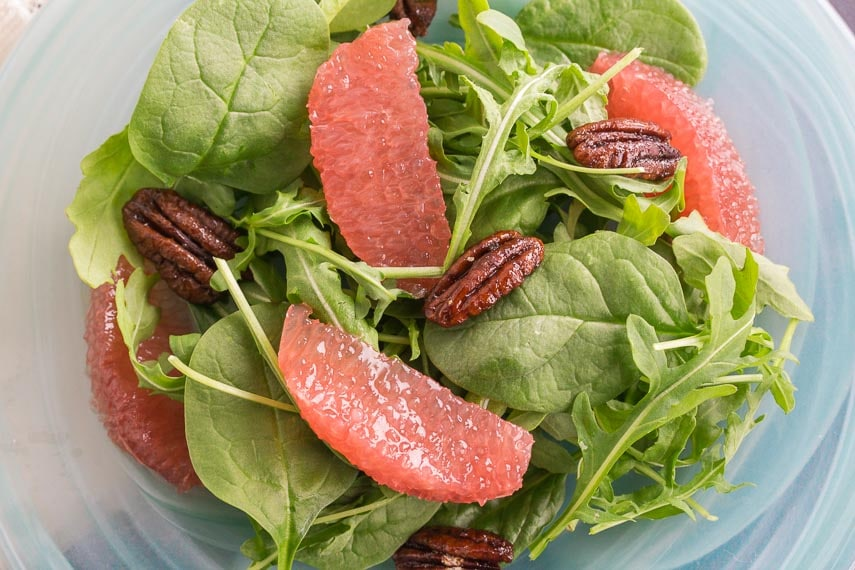 Low FODMAP Grapefruit & Greens Salad with Candied Pecans
