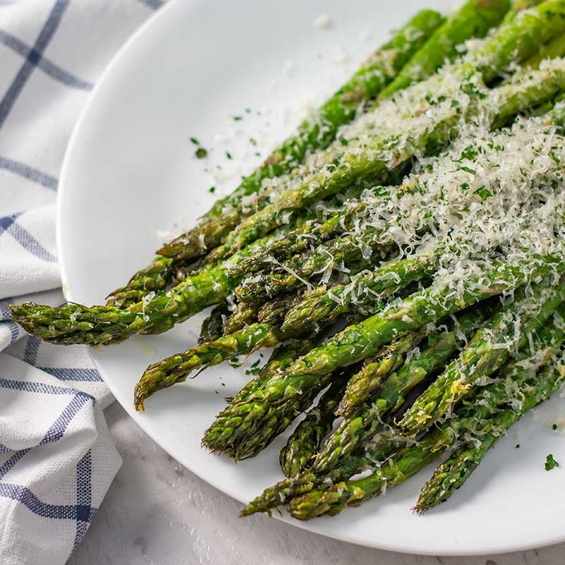 Keto Roasted Asparagus - Quick & Easy Low Carb Side Dish