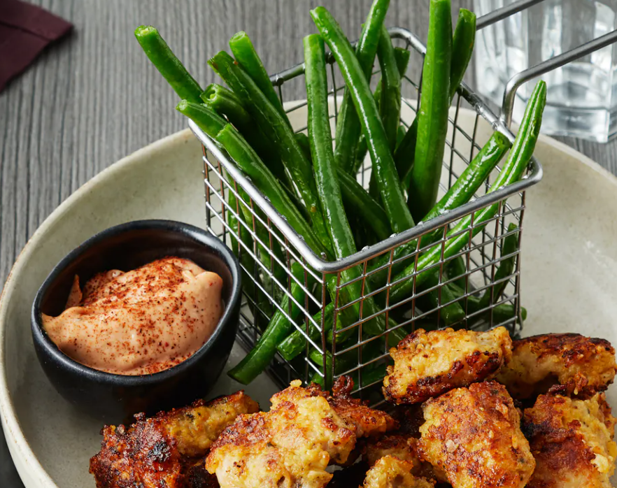 Keto chicken nuggets with green bean fries and BBQ-mayo